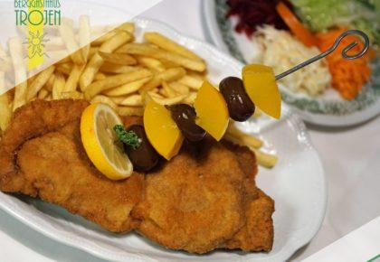 03_berggasthaus_trojen_restaurant_defereggen_tirol_urlaub