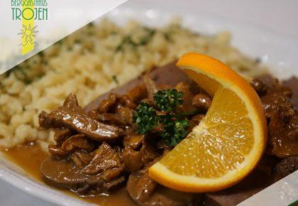 04_berggasthaus_trojen_restaurant_defereggen_tirol_urlaub