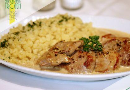 06_berggasthaus_trojen_restaurant_defereggen_tirol_urlaub