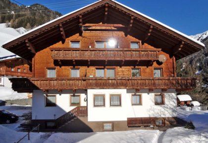 11_berggasthaus_trojen_winter_defereggen_tirol_urlaub
