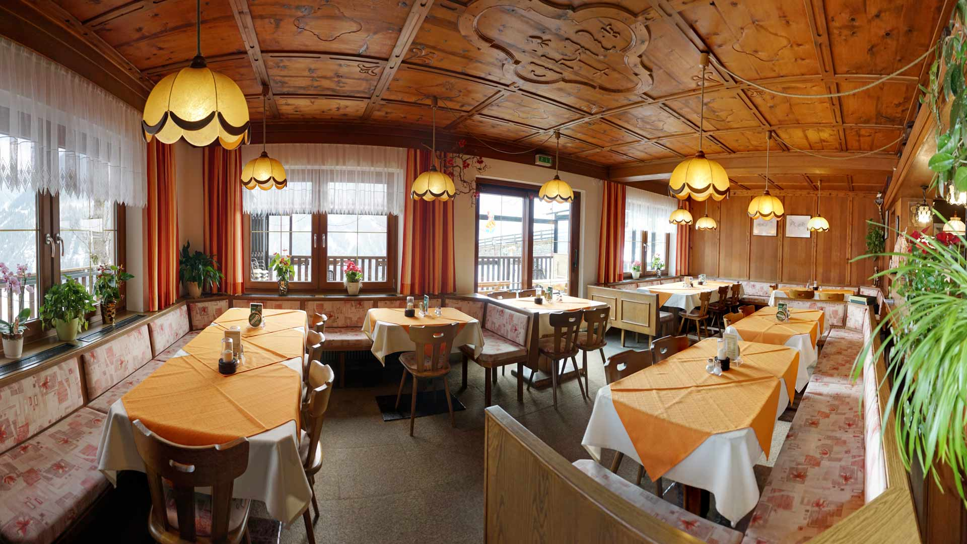Berggasthaus Trojen - Gaststube