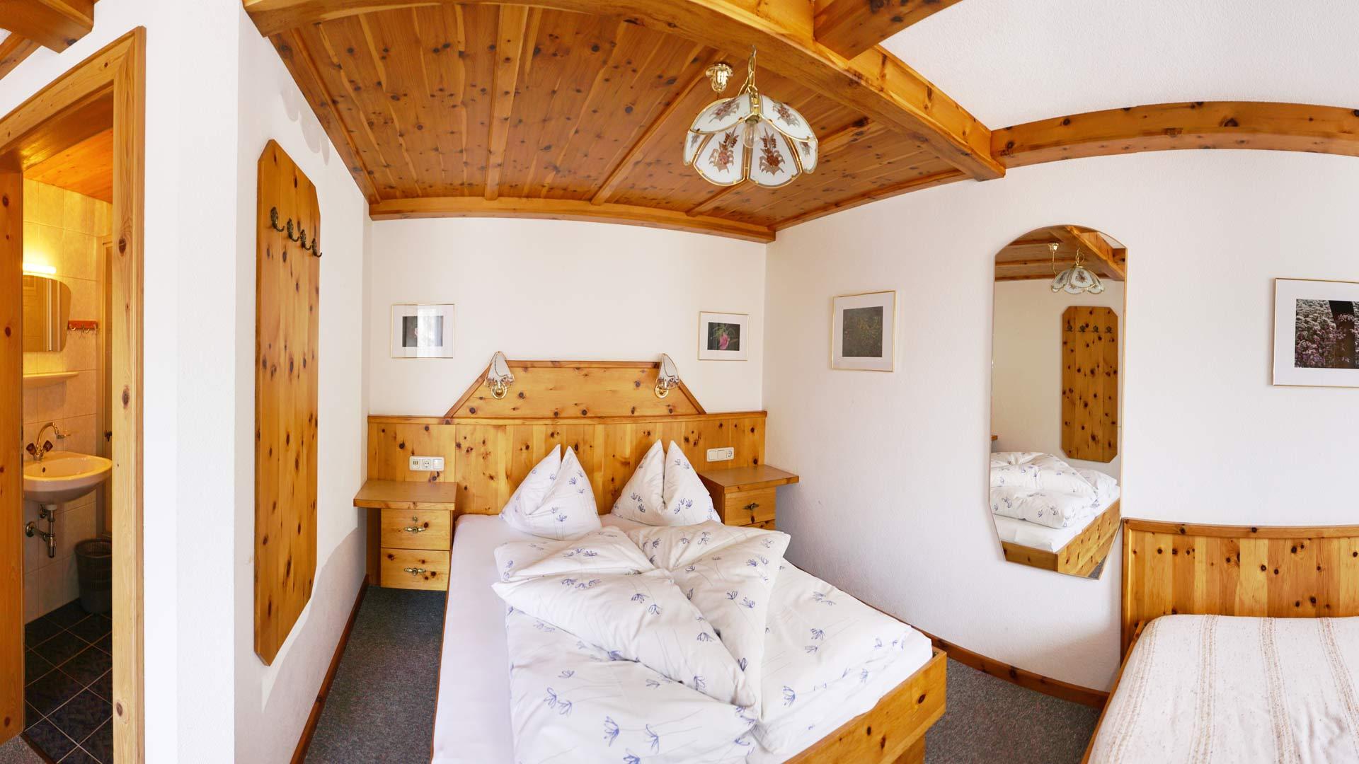 Berggasthaus Trojen - Zimmer