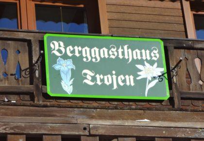 15_berggasthaus_trojen_winter_defereggen_tirol_urlaub