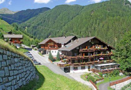 25_berggasthaus_trojen_sommer_defereggen_tirol_urlaub