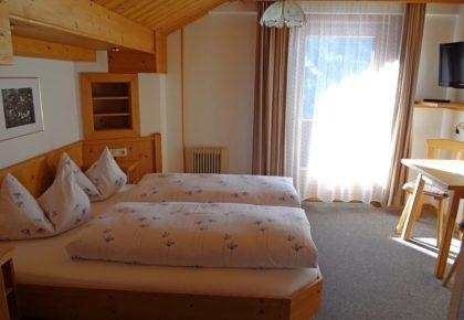 55_berggasthaus_trojen_apartments_defereggen_tirol_urlaub