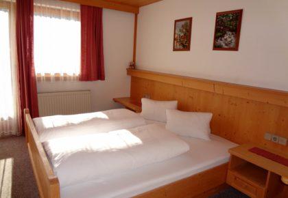 63_berggasthaus_trojen_apartments_defereggen_tirol_urlaub